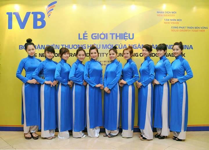 ao-dai-le-tan-xanh-duong-An-Tuong-Ha_compressed